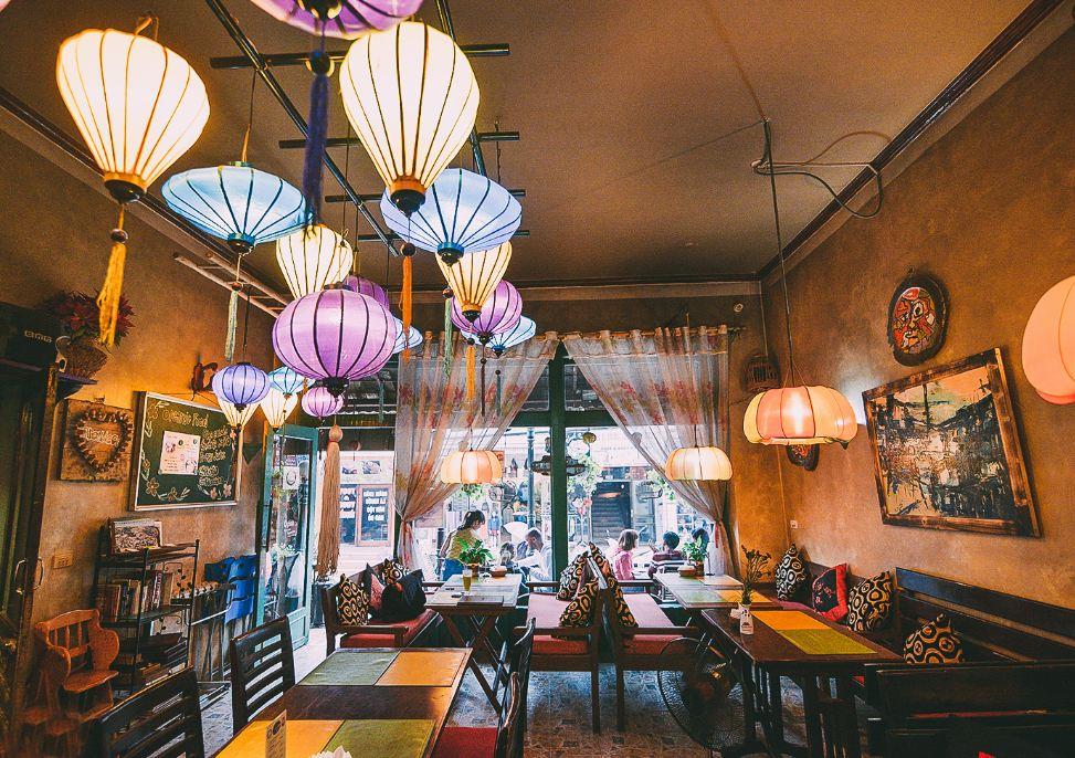8 loại đèn trang trí quán cafe, nhà hàng đẹp năm 2020