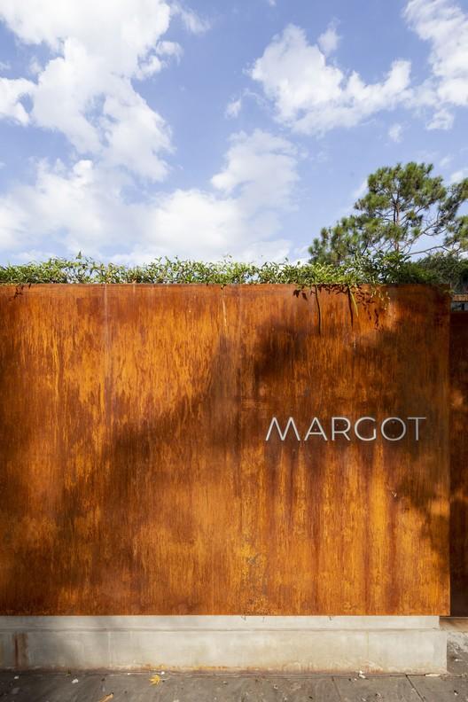 Margot Restaurant_20